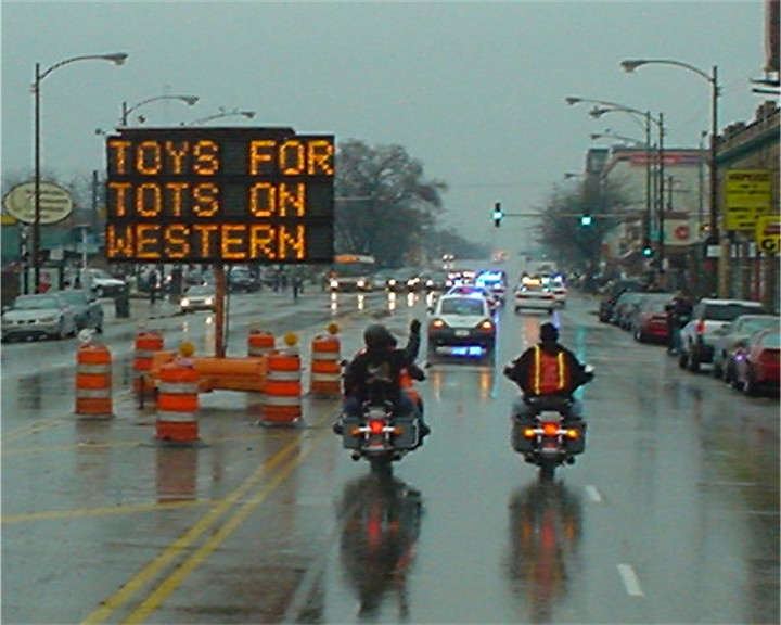 Toys For Tots Chicago : Chicagoland toys for tots motorcycle parade pictures